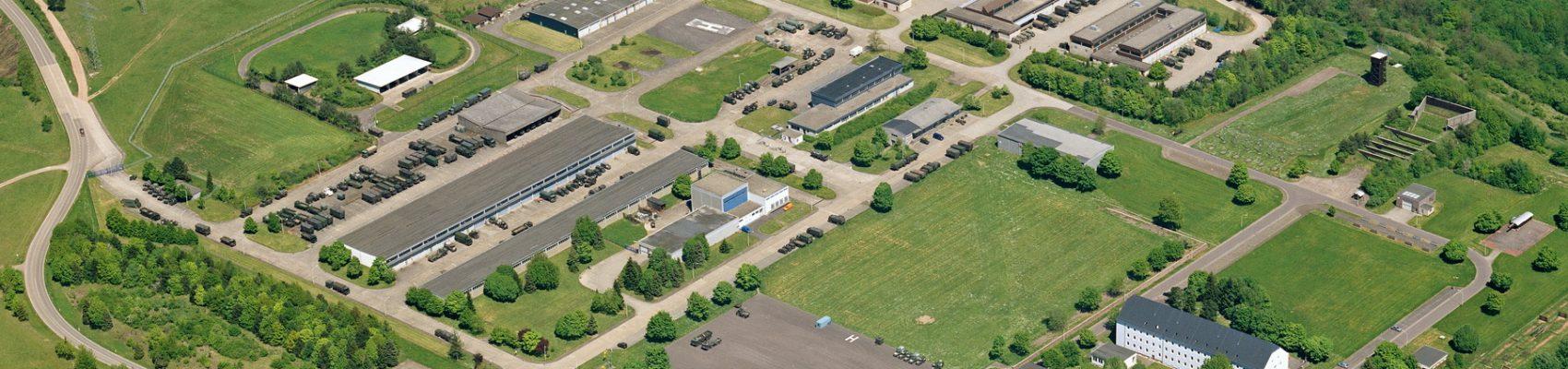 Luftaufnahme vom Bundeswehrstandort in Merzig