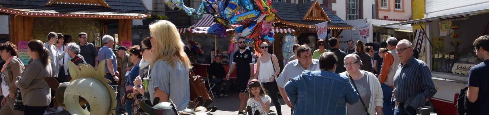 Frühlingsfest in der Fußgängerzone