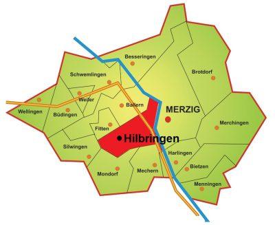 Die Karte zeigt die Lage des Stadtteils Hilbringen im Merziger Stadtgebiet. Hilbringen liegt auf der linken Saarseite Merzigs. Der Stadtteil grenzt im Nordosten an Ballern und ist im Osten durch die Saar von der Kernstadt Merzig getrennt. Im Süden grenzt Hilbringen an Mechern und Mondorf. Im Westen grenzt Hilbringen an Silwingen und im Nordwesten an Fitten.