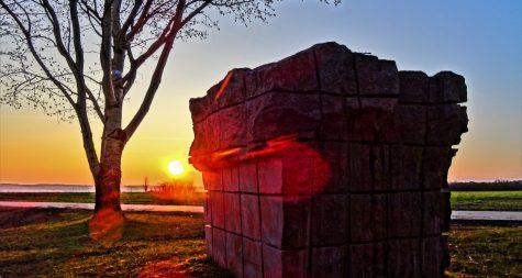 Sehenswürdigkeiten in Merzig: Paul-Schneider-Steine – Blocs de pierre sculptée de Paul Schneider