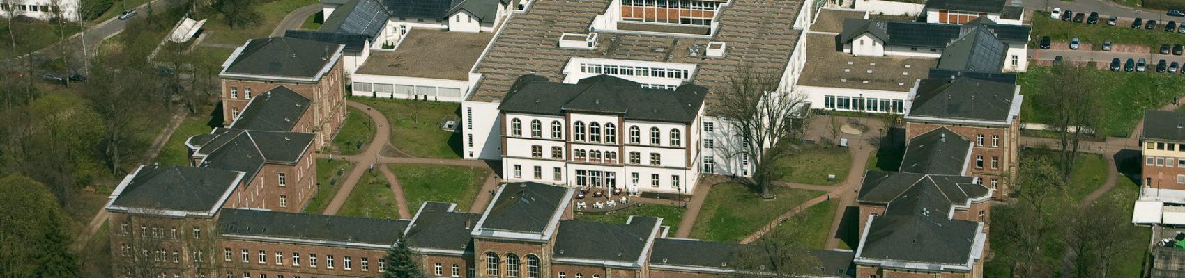 Luftaufnahme des Gesundheitscampus der SHG Klinik