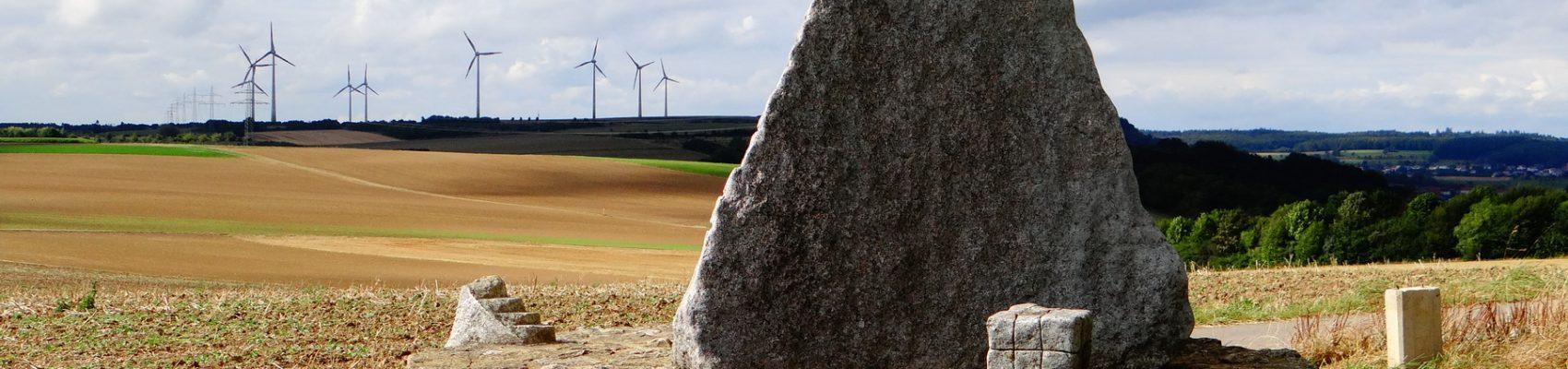 Sehenswürdigkeiten in Merzig: Steine an der Grenze