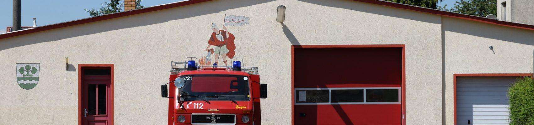 Feuerwehr Gerätehaus Ballern