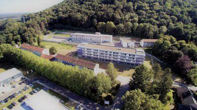Luftaufnahme der Saarländischen Klinik für Forensische Psychiatrie auf dem Gesundheitscampus