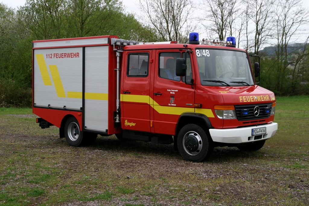 Das Foto zeigt das Tragkraftspritzenfahrzeug für Wasser des Löschbezirks Bietzen.