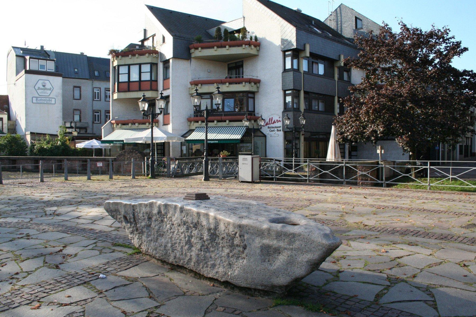 Gustav-Regler-Platz