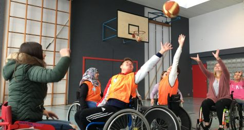 Pressemeldung:  Behindertenbeirat war im Rahmen einer Projektwoche an der Gemeinschaftsschule Merzig zu Gast