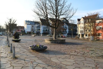 Gustav-Regler-Platz am Seffersbach